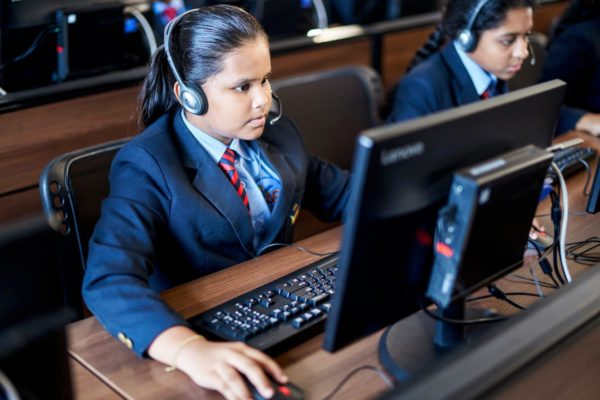 Should distance learning techniques be implemented in Indian schools - Reedsws